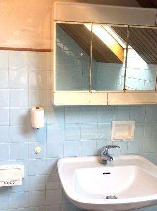 Armoire salle de bain année , porte serviette et porte verre