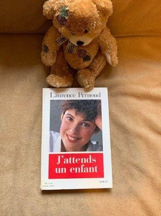 J'Attends un Enfant Laurence Pernoud 1994