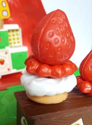 Charlotte aux fraises vintage maison des gourmandises