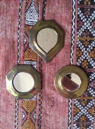 Miroirs anciens en laiton.
