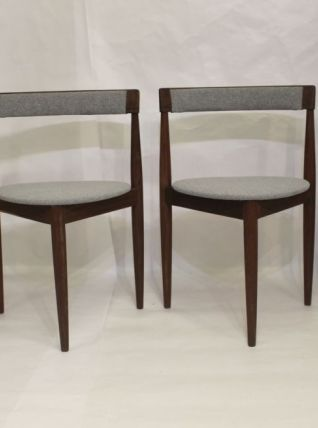 Lot de 4 chaises d'Hans Olsen pour Frem Rojl Danemark.