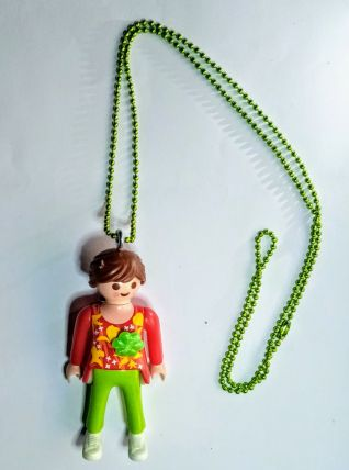 Collier Playmobil, chaîne perlée verte, pendentif dame vert
