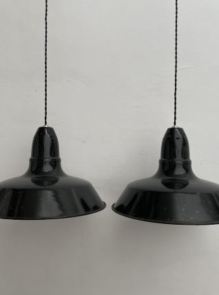 LOT 2 SUSPENSIONS INDUSTRIELLES EMAILLEES 40 cm
