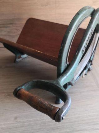 Coupe pain Danois Vintage
