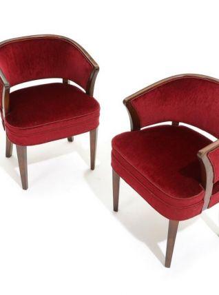 Fritz Hansen - Deux fauteuils en hêtre teinté de