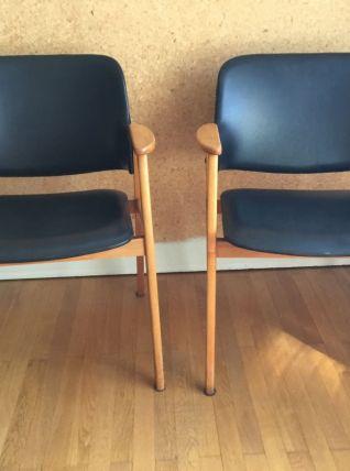 Paire de fauteuils Erik Buch