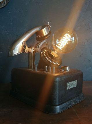 """Lampe vintage métal industriel noir """"Téléphone à cornet"""""""