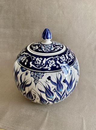 Grand pot  couvert Turque à décor de tulipes