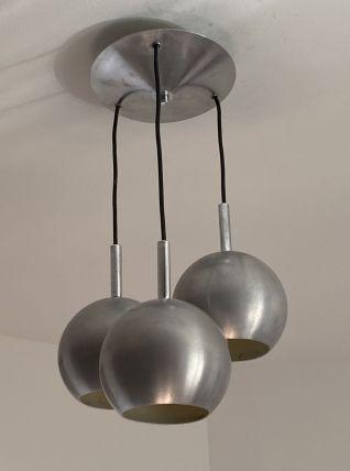 Suspension « EYE BALL » 3 globes. Inox chromé. 1970.