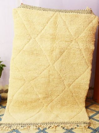 233x148cm Tapis berbere marocain