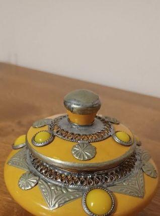 Pot céramique et décor métal argenté style oriental
