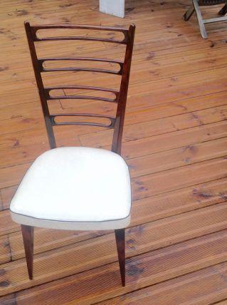 Chaise vintage  blanche et bois