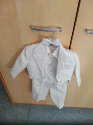 costume de cérémonie pour enfant