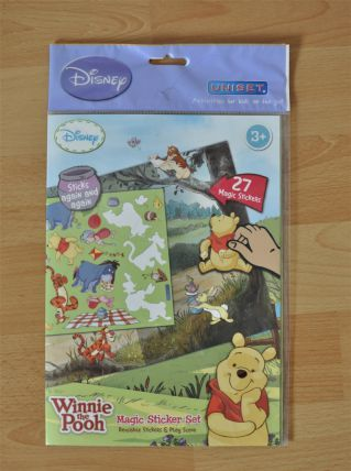 Tableau avec Stickers repositionnables Winnie L'ourson