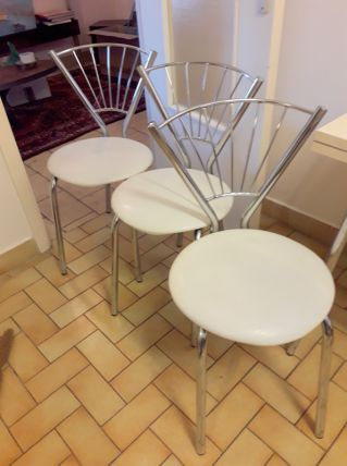 3 chaises vintage