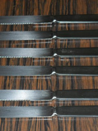 Ancien de 6 couteaux manche en metal