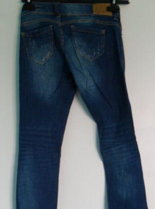 Pantalon Bershka denim Taille 34 Couleur Bleu 2 poches avant, 2 poches arrière