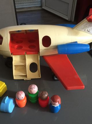 avion fisher price + figurines
