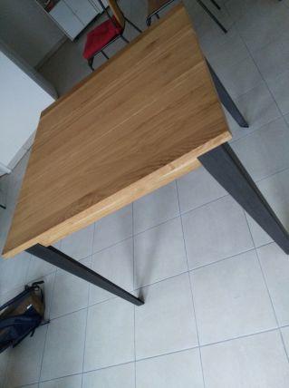 Table style industriel en chêne massif
