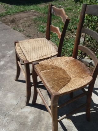 Lot  4 chaises bistrot