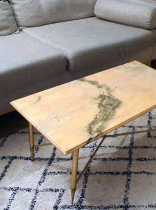 table basse en marbre ros et pieds dor s en laiton luckyfind. Black Bedroom Furniture Sets. Home Design Ideas