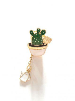 Pin's broche cactus breloque arrosoir