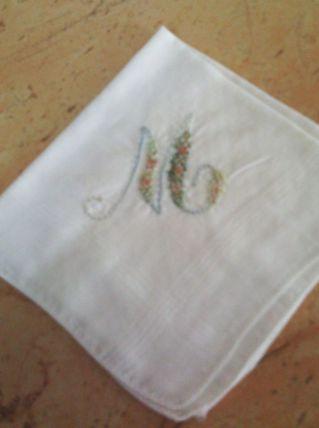 Mouchoirs blanc brodé vintage