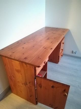 Bureau en pin