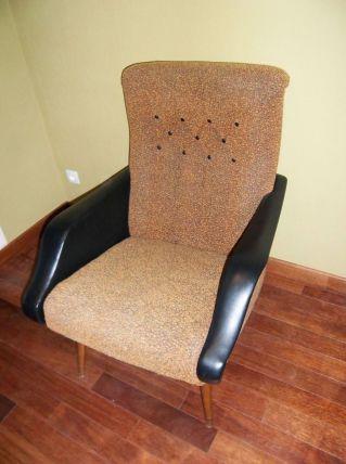 Lot de 2 fauteuils vintage skai et tissus