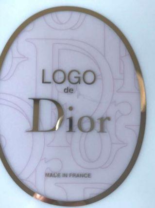 dior 2 assiettes logo petit bleu et rose neuves