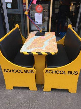 Ensemble banquette et table School Bus NY