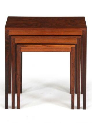 Tables gigognes en bois de rose