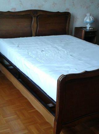 Meubles de chambre à coucher.