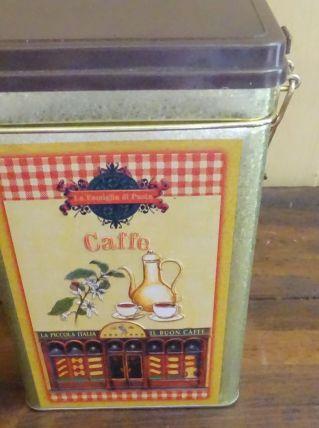 Boite a café italienne
