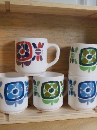 5 mugs Mobil Arcopal 70's