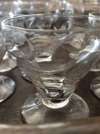 Service verres à liqueurs avec ses deux carafes