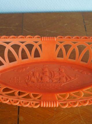 Corbeille plastique motif bâteau
