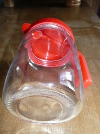 Pot à eau, broc, vintage verre et plastique