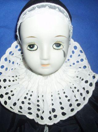 Pierrot tête et mains en porcelaine