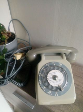 Téléphone ancien Socotel
