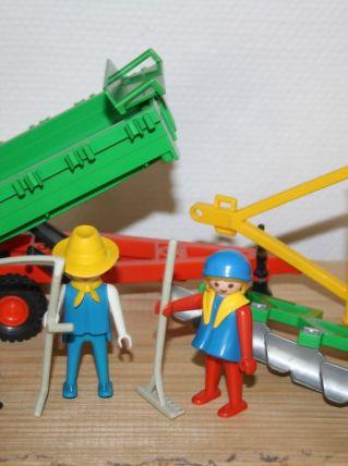 PLAYMOBIL 3501: Remorque de tracteur + fermiers année 1978