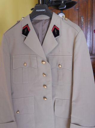 tenue militaire complète ancienne