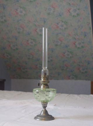 Lampe à pétrole en verre, cuivre et étain