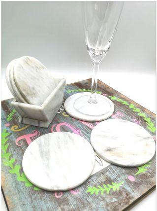 sous verres en marbre et compartiment