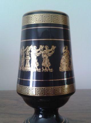 Verre / mazagran / vase noir et or.