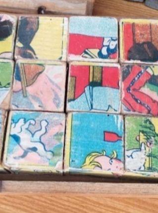 Ancien jeu de cube en bois