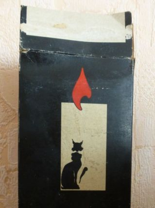 boîte de 8 bougies le chat