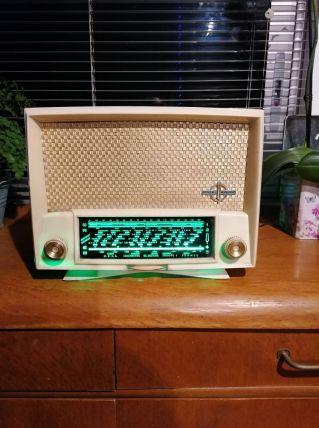 radio vintage de marque THOMSON DUCRETET de 1956