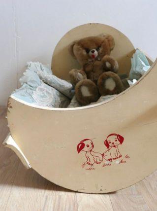 Berceau de poupée