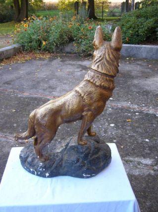 Ancienne sculpture en pierre signé  Petrilly